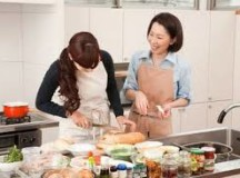 chọn người giúp việc phù hợp với  gia đình