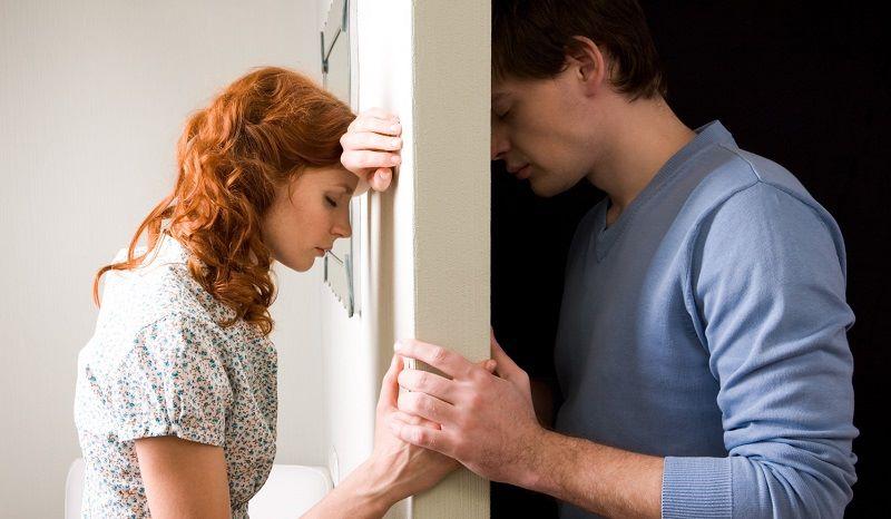 Gia đình mâu thuẫn chính là thời điểm dễ nhất để chồng ngoại tình với người giúp việc
