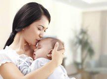 Người giúp việc hỗ trợ sức khỏe cho cả mẹ và bé