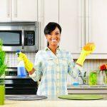 Bó tay với cô giúp việc nhà mình.