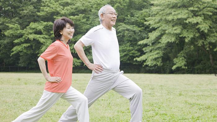 Những bài tập vận động nâng cao sức khỏe của người cao tuổi