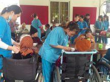 Các hoạt động chăm sóc sức khỏe cho người già