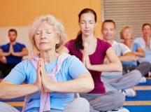 Yoga rất phù hợp cho người cao tuổi