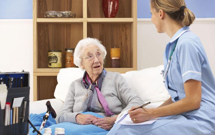 Chăm sóc người già bị lẫn