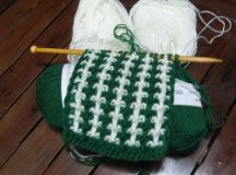 Cách móc áo len cho em bé